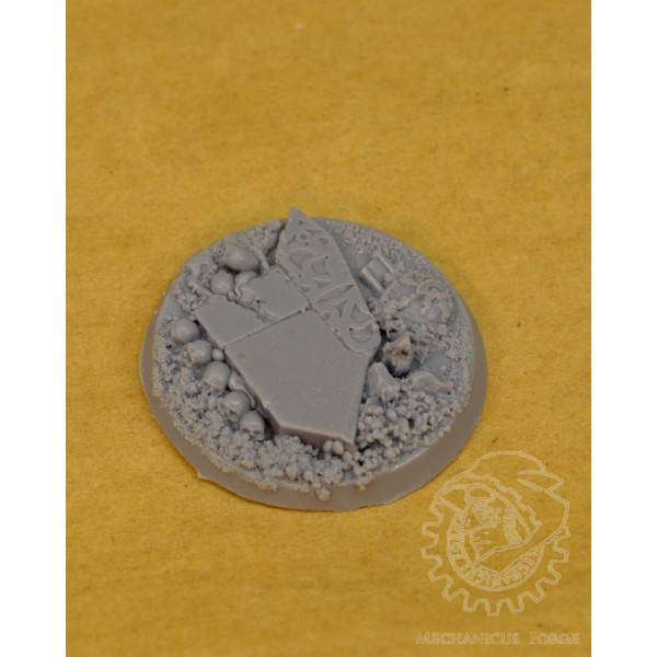 40mm temple with skulls